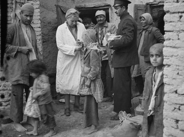 (تصاویر) سالهای اشغال و قحطی در ایران