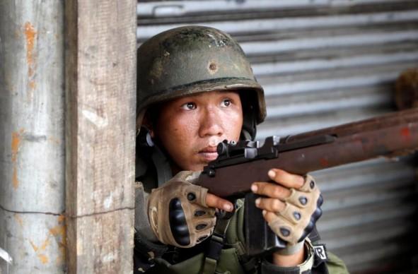 (تصاویر) داعش به فیلیپین رسید