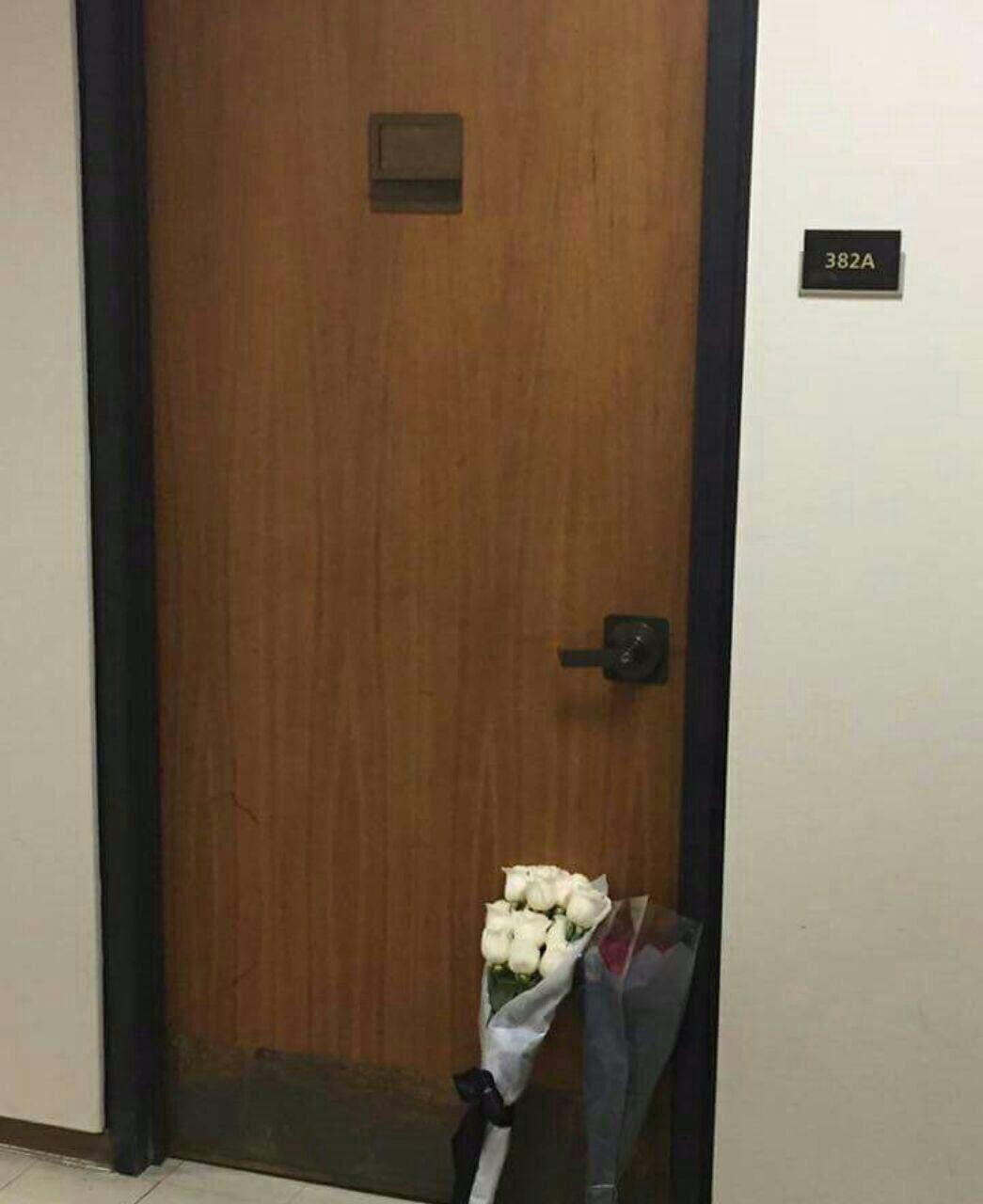 اتاق کار مریم میرزاخانی در استنفورد