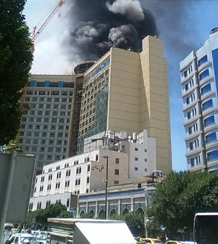 آتشسوزی در هتل ۲۰ طبقه در مشهد