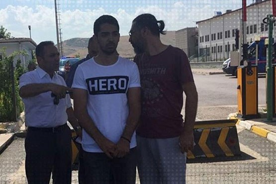 پوشیدن این لباس در ترکیه جرم شد!