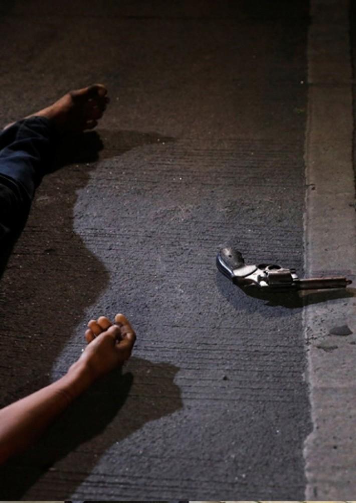 (تصاویر) قتل عام مجرمان مواد مخدر در فیلیپین