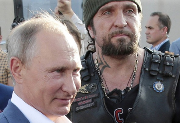 (تصاویر) دیدار پوتین و رهبر