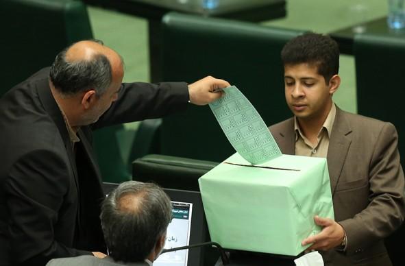 (تصاویر) آخرین جلسه رای اعتماد به کابینه