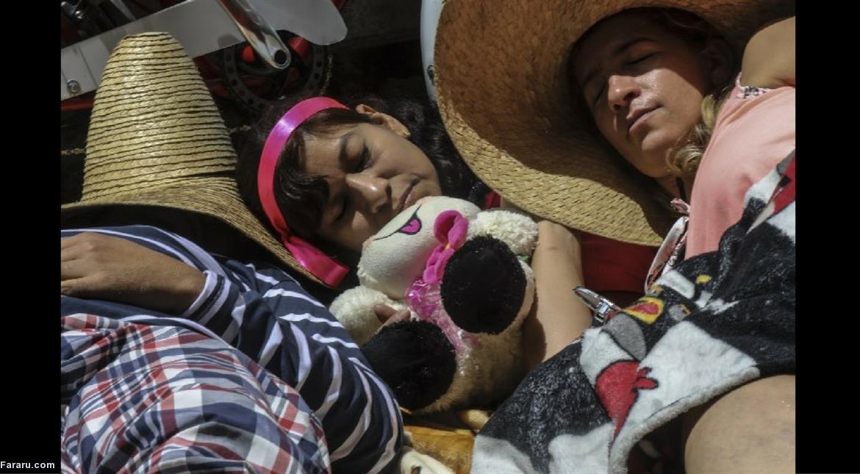 (تصاویر) جشن روز جهانی تنبلی در کلمبیا!