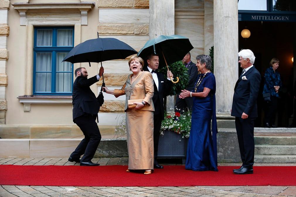 خانم صدر اعظم در لباسی متفاوت!