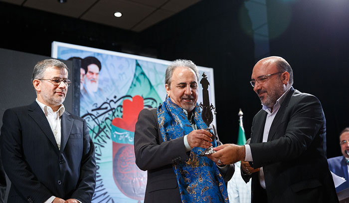 قالیباف شهردار در سایه تهران است!