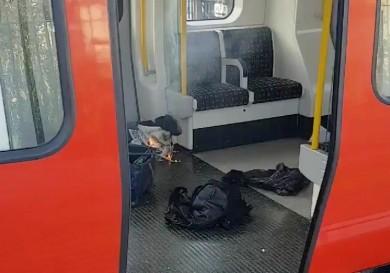 (تصاویر) انفجار تروریستی در مترو لندن