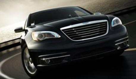 (ویدئو) امنترین خودرو جهان زیر پای روحانی