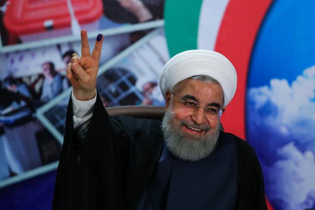 پیروزی سیاسی روحانی با خروج آمریکا از برجام