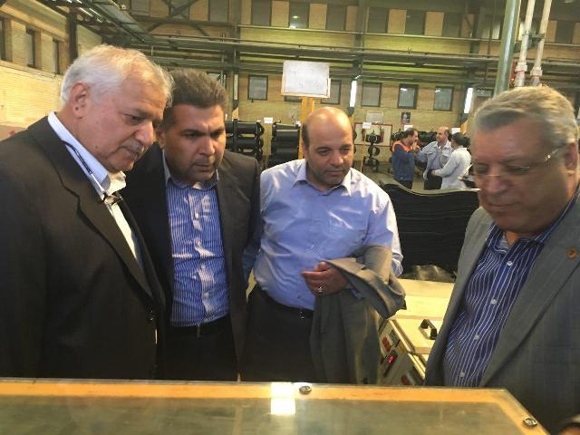 بازدید رئیس هیات مدیره سایپا از شرکت های قطعه ساز یزد