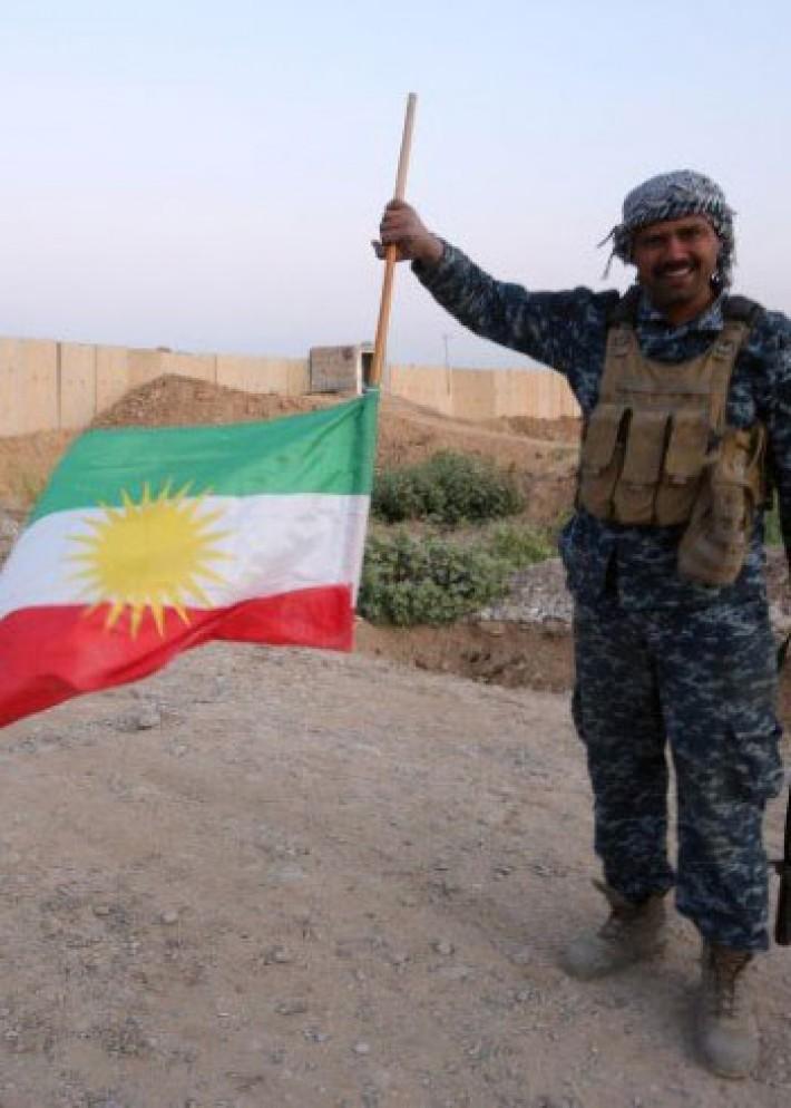 (تصاویر) استقبال کردهای کرکوک از ارتش عراق