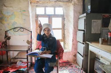 (تصاویر) مدارس کوخ نشین در بانه