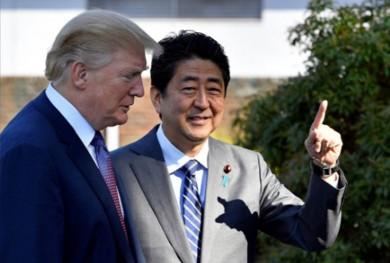 (تصاویر) ترامپ و نخستوزیر ژاپن در باشگاه گلف