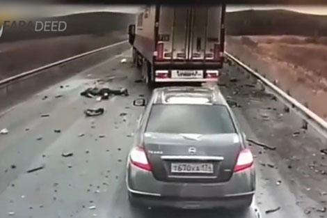 دو کشته در تصادف وحشتناک خودرو با تریلی