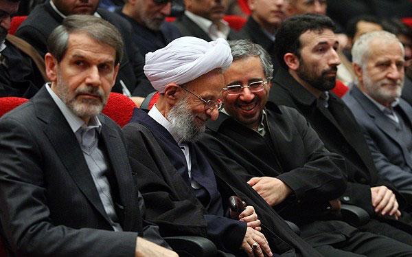 فراز و فرودهای رابطه احمدینژاد و آیت الله مصباح