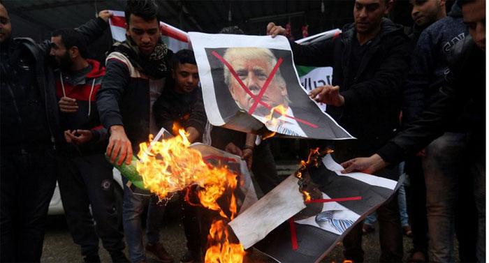 اعتراضات جهانی به تصمیم ترامپ