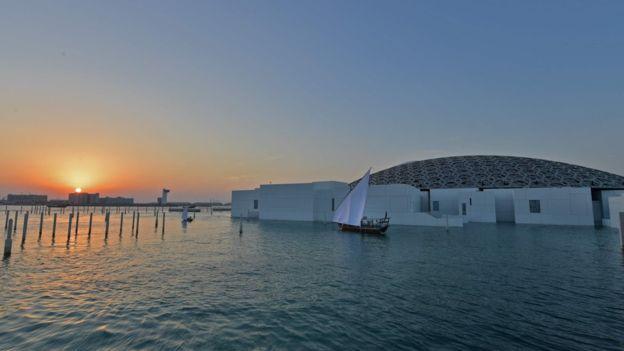 (تصویر) اثر ۴۵۰ میلیون دلاری  داوینچی در راه لوور ابوظبی
