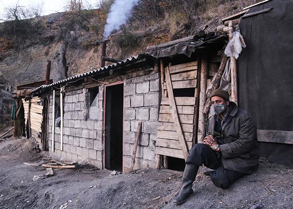(تصاویر) معدن یورت هفت ماه پس از حادثه