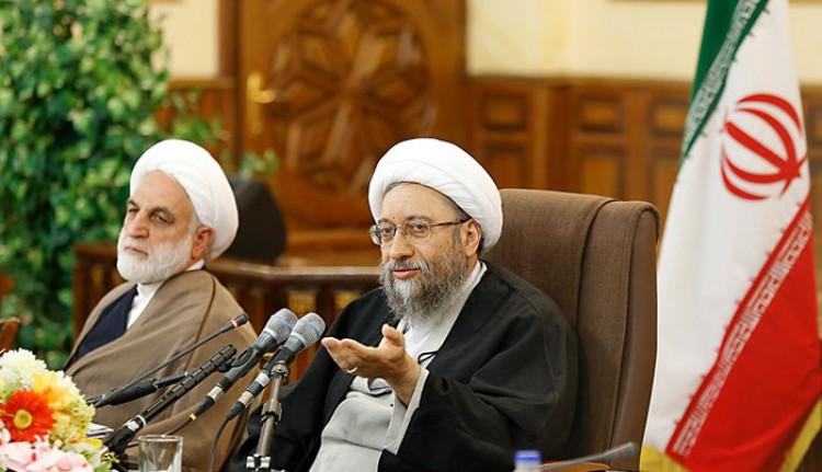 آیت الله آملی لاریجانی همه ادعاهای احمدینژاد را رد کرد