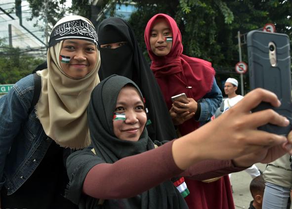 (تصاویر) تظاهرات مردم اندونزی علیه ترامپ