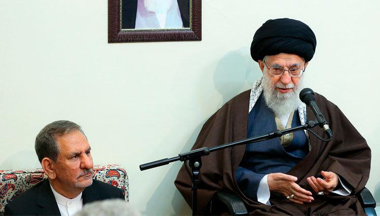 رهبر انقلاب :تعرض به امنیت و حریم مردم در پیامرسان داخلی «حرام شرعی» است