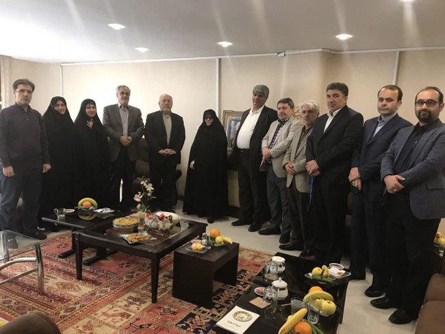 عید دیدنی اصلاح طلبان با همسر و فرزند کروبی