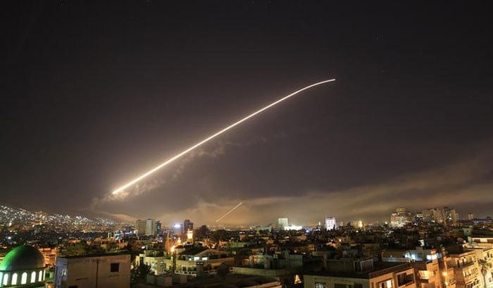 آغاز حمله آمریکا و متحدانش به سوریه