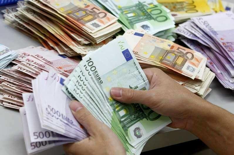 قیمت ارز مسافرتی امروز ۱ دی ۱۳۹۷