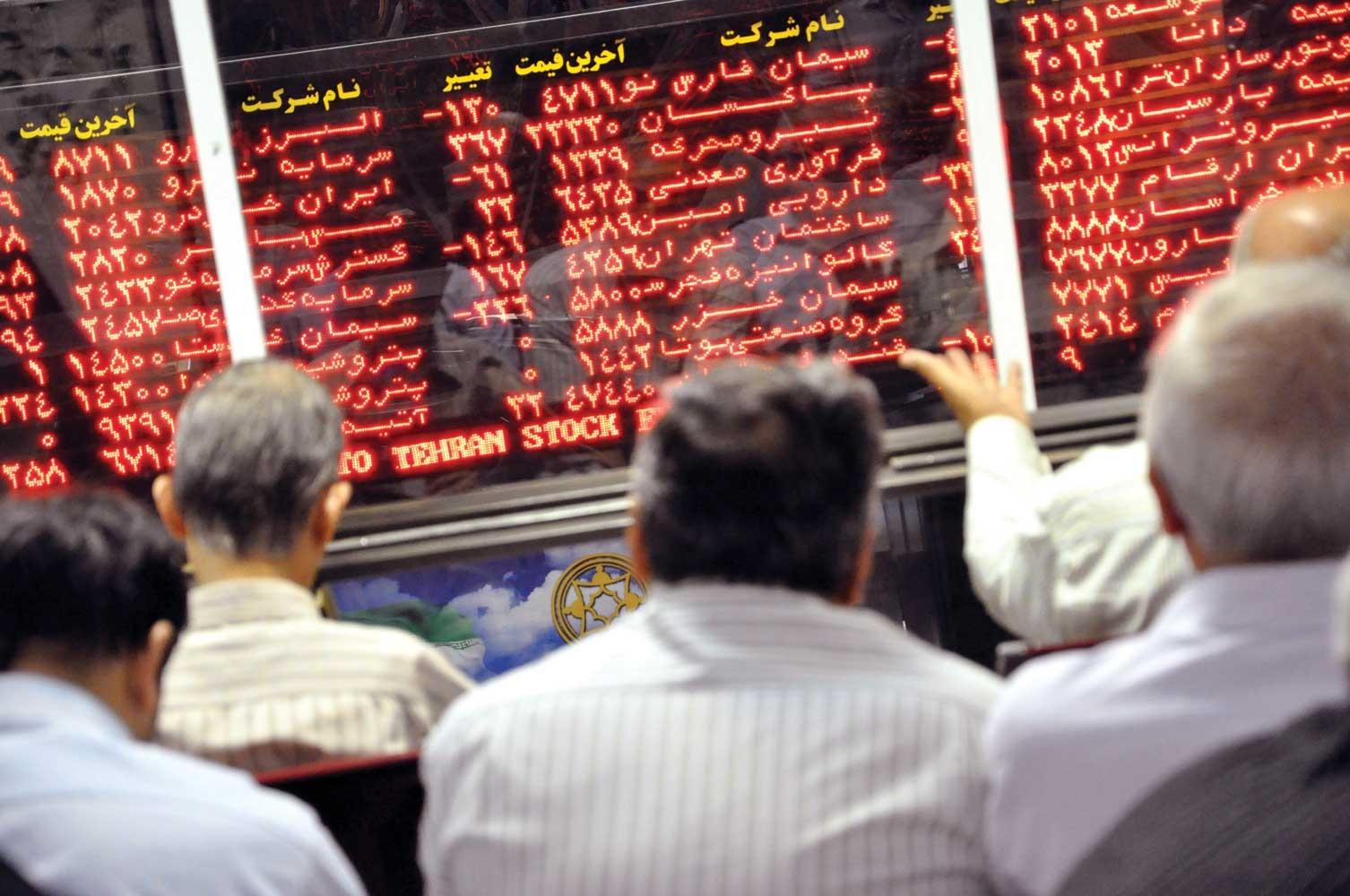 بازار روی شیب تند دلاریها میتازد