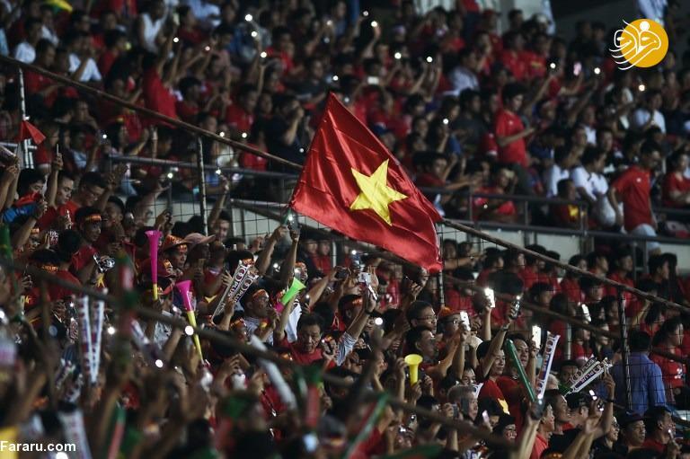 نبرد فوتبالی با کشور جنگ