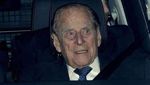 (تصاویر) تصادف خبرساز همسر ۹۷ ساله ملکه انگلیس