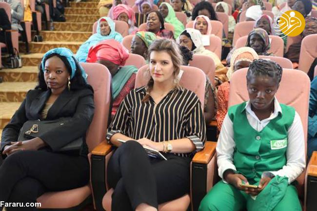 (تصاویر) دیدار ماکرون با ۴۰۰ زن در کاخ زنان