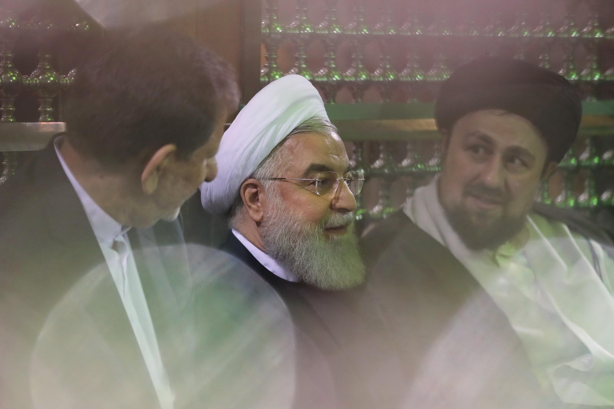 روحانی: با بزرگترین فشار اقتصادی پس از انقلاب روبهرو هستیم