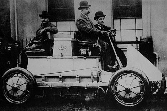 فردیناند پورشه؛ آهنگر زادهای که بازار اتومبیل را فتح کرد