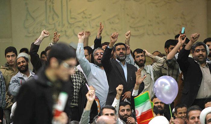 واکنشها به لغو سخنرانی لاریجانی در کرج/ بیم رییس مجلس از تکرار واقعه شش سال پیش؟