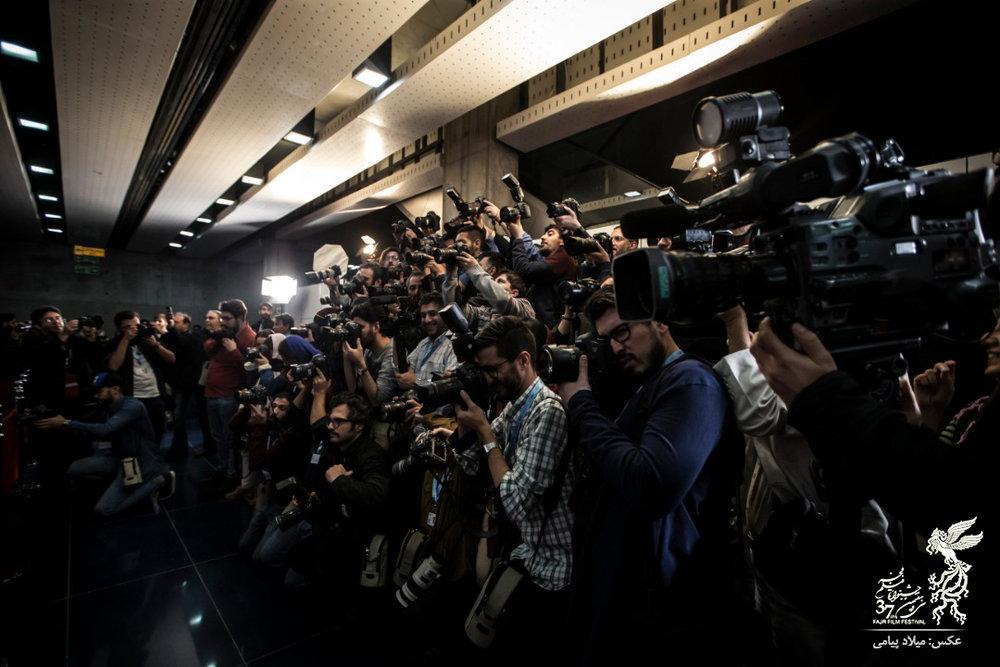 (تصاویر) متفاوتترین فرش قرمز جشنواره فیلم فجر