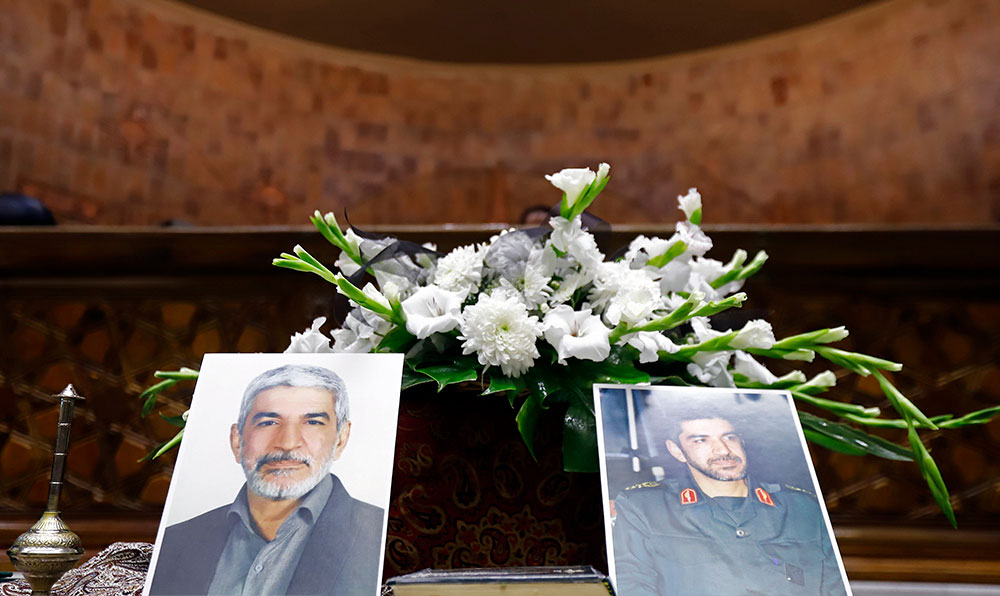 (تصاویر) چهرههای سیاسی و نظامی در مراسم یادبود سردار احمد فضائلی