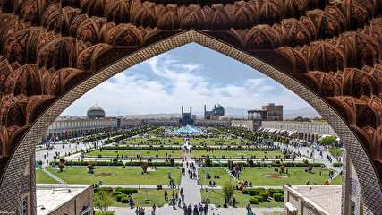 همه مکانهای دیدنی اصفهان؛ شهری به جذابیت نصف جهان!