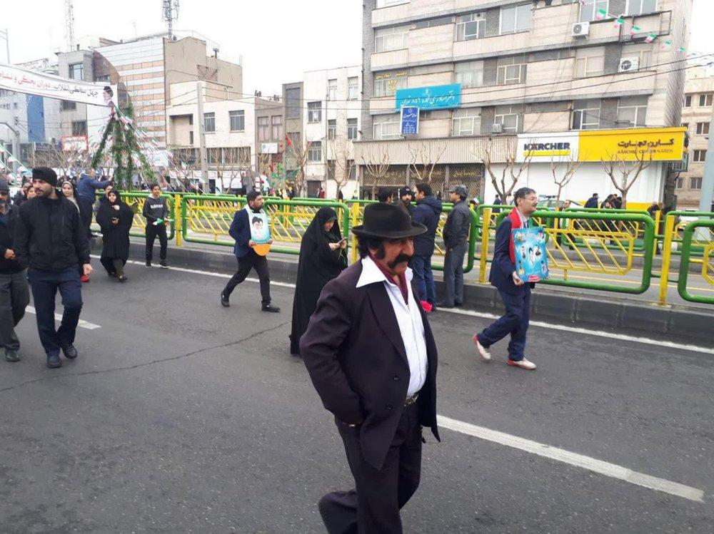 (تصویر) لوتیها در راهپیمایی ۲۲ بهمن