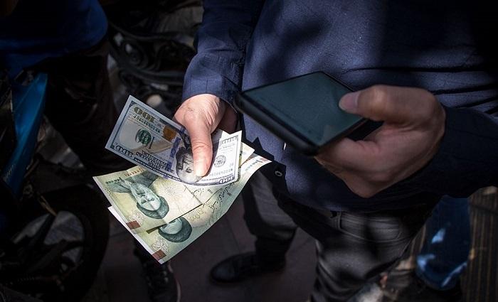 مقصر افزایش قیمت دلار کیست؟