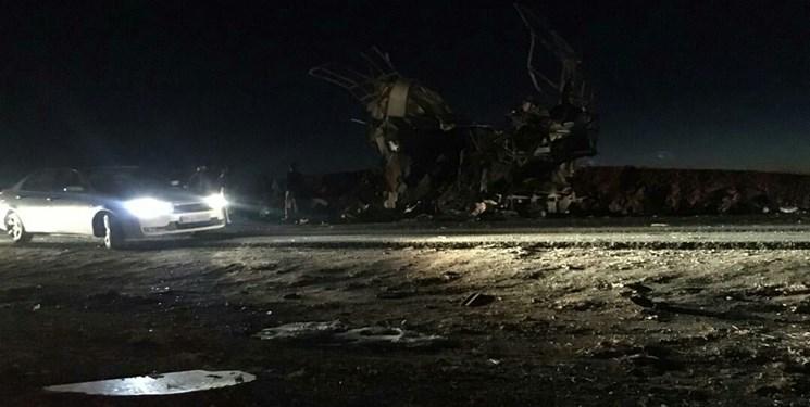 حمله انتحاری تروریستهای تکفیری به اتوبوس نیروهای سپاه