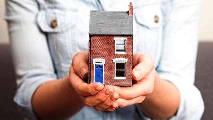اجاره خانه در شهرهای بزرگ چقدر از درآمد مستاجران را میبلعد؟
