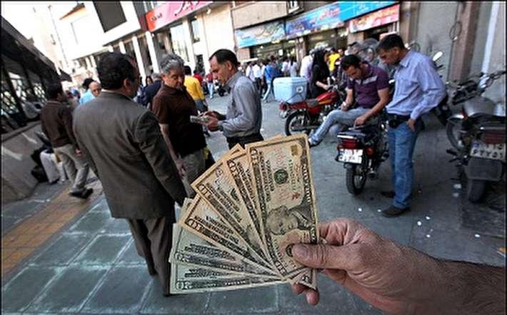 چرا قیمت دلار کاهش نمییابد؟