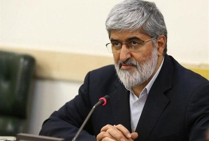 کیهان: علی مطهری غلط میکند که برای امام تعیین تکلیف میکند