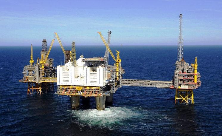 افزایش ۲۰ میلیارددلاری درآمدهای نفتی با قراردادهای جدید
