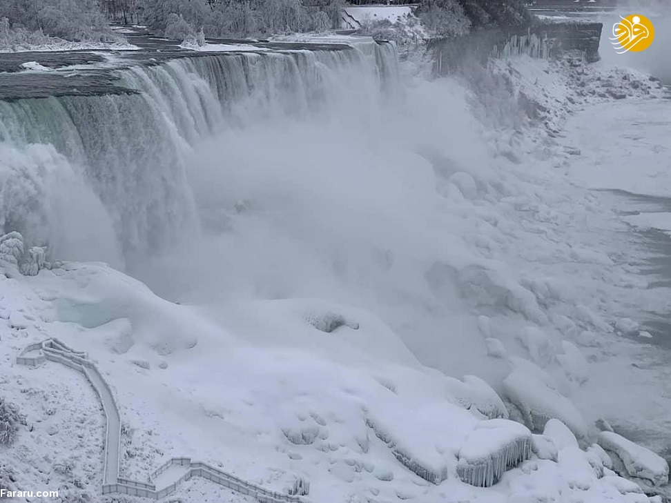 تصاویر باورنکردنی از یخ زدن آبشار نیاگارا