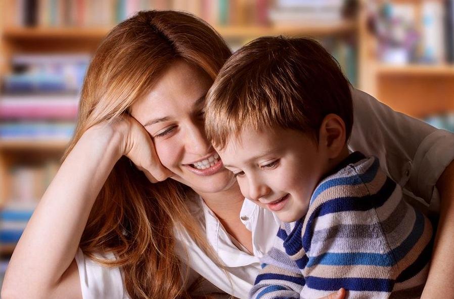 ١٠ جملهای که هرگز نباید به فرزند خود بگویید