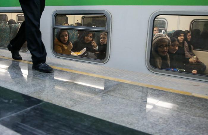 ساعت کار خط ۵ مترو (تهران-کج) تغییر کرد