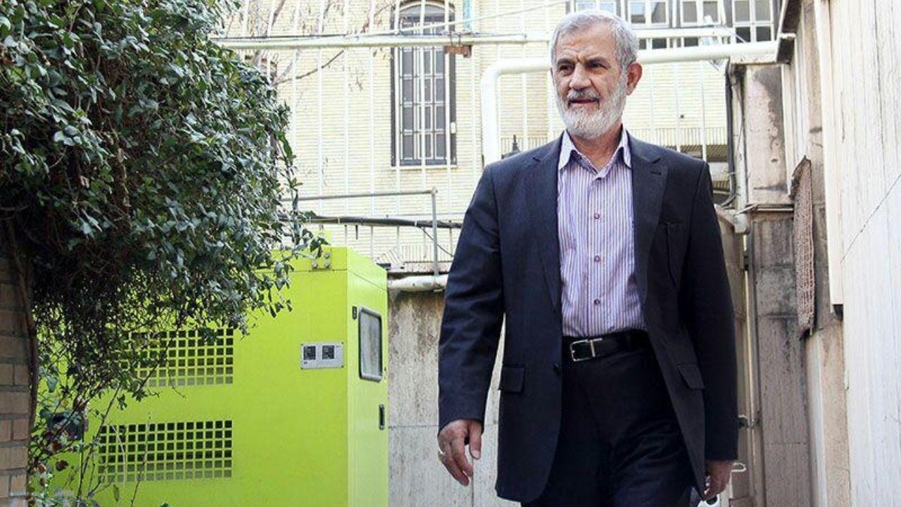 غفوریفرد: احمدینژاد قائلبود با امام زمان ارتباط دارد